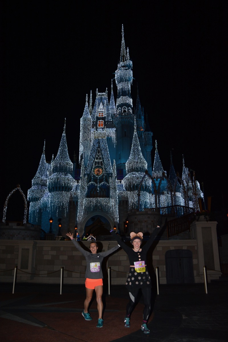 Amelia and Katherine in front of Cinderella's Castle